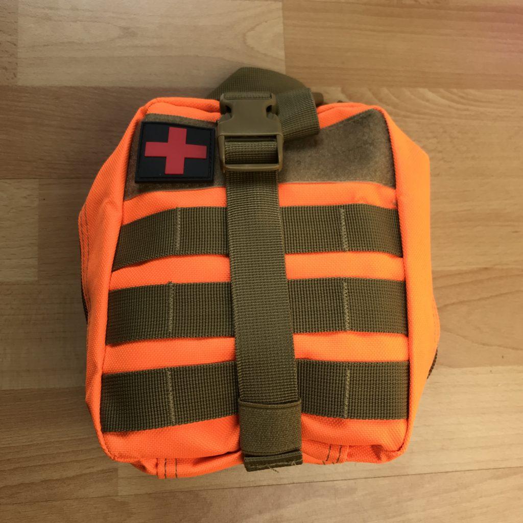 Nahaufnahme Erste Hilfe Set gepackt