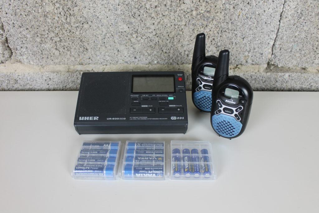 Gegenstände zur Kommunikation im Fluchtrucksack